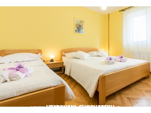 Apartm�ny Ba�kovi� - Ba�ka Voda Chorvatsko