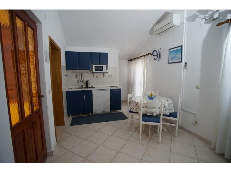 Apartmaji Bašković - Baška Voda Hrvaška