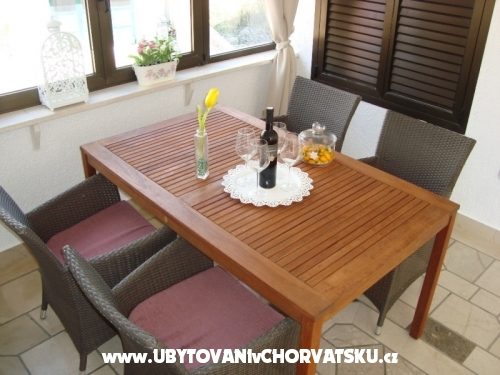 Apartments Čivljak - Baška Voda Croatia