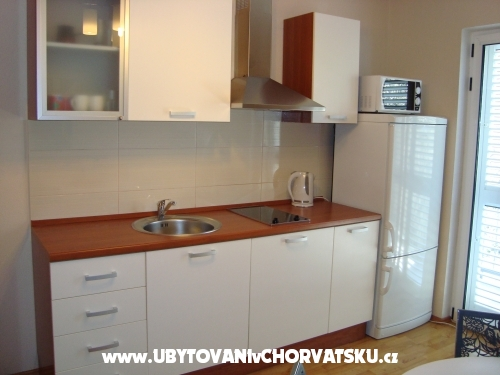 Appartements Čivljak - Baška Voda Kroatien