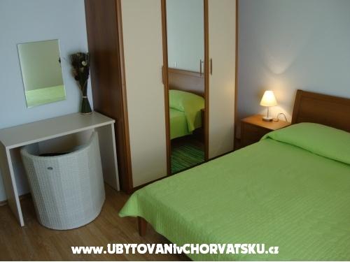 Appartements Harmonija - Ba�ka Voda Kroatien