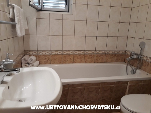 Apartmanok Jakir - Baška Voda Horvátország