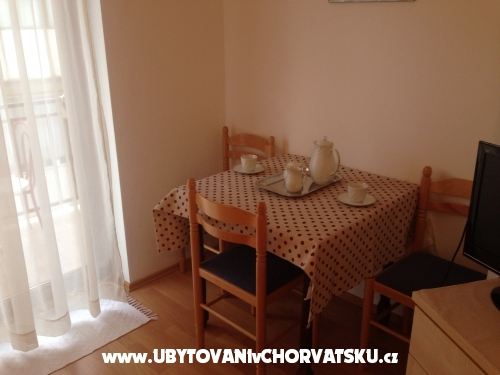 Appartamenti Jakir - Ba�ka Voda Croazia