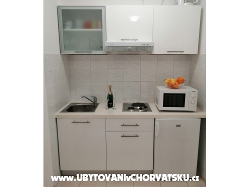 Appartamenti Jelić - Baška Voda Croazia