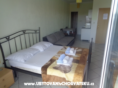 Apartmaji Jukanovic - Baška Voda Hrvaška