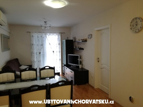 Apartments Lozi� - Ba�ka Voda Croatia