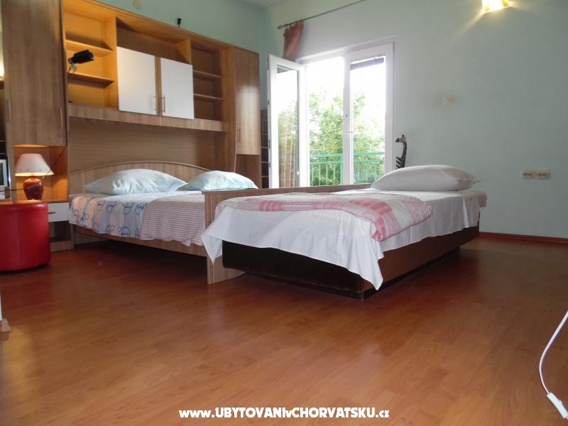 Apartm�ny Mihaljevic - Ba�ka Voda Chorv�tsko
