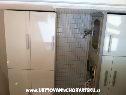 Apartm�ny Orka Promajna - Ba�ka Voda Chorv�tsko