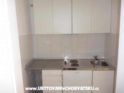 Appartements Rajcic - Baška Voda Croatie