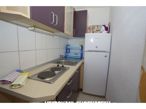 Apartments Su�i� - Ba�ka Voda Croatia