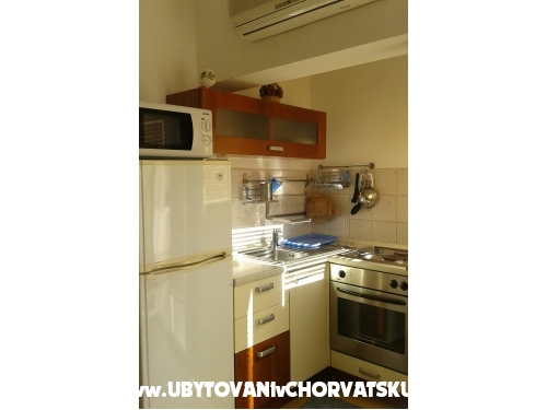 Apartmanok Sulic-Krvavica - Ba�ka Voda Horv�torsz�g