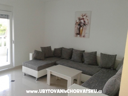 Apartments Tara - Ba�ka Voda Croatia