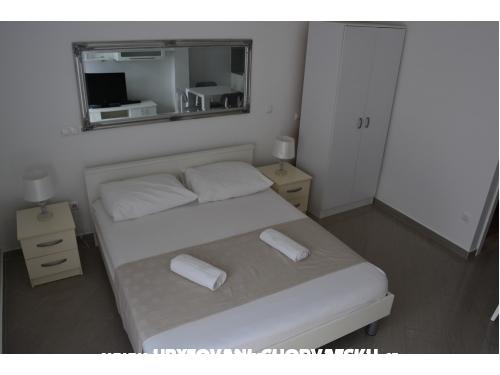 Apartmaji Tara - Baška Voda Hrvaška