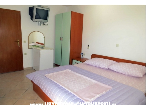 Apartamenty Villa Rozika - Ba�ka Voda Chorwacja