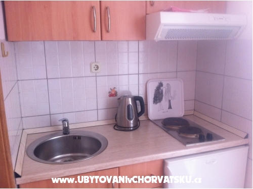Дом Juric - Ba�ka Voda Хорватия
