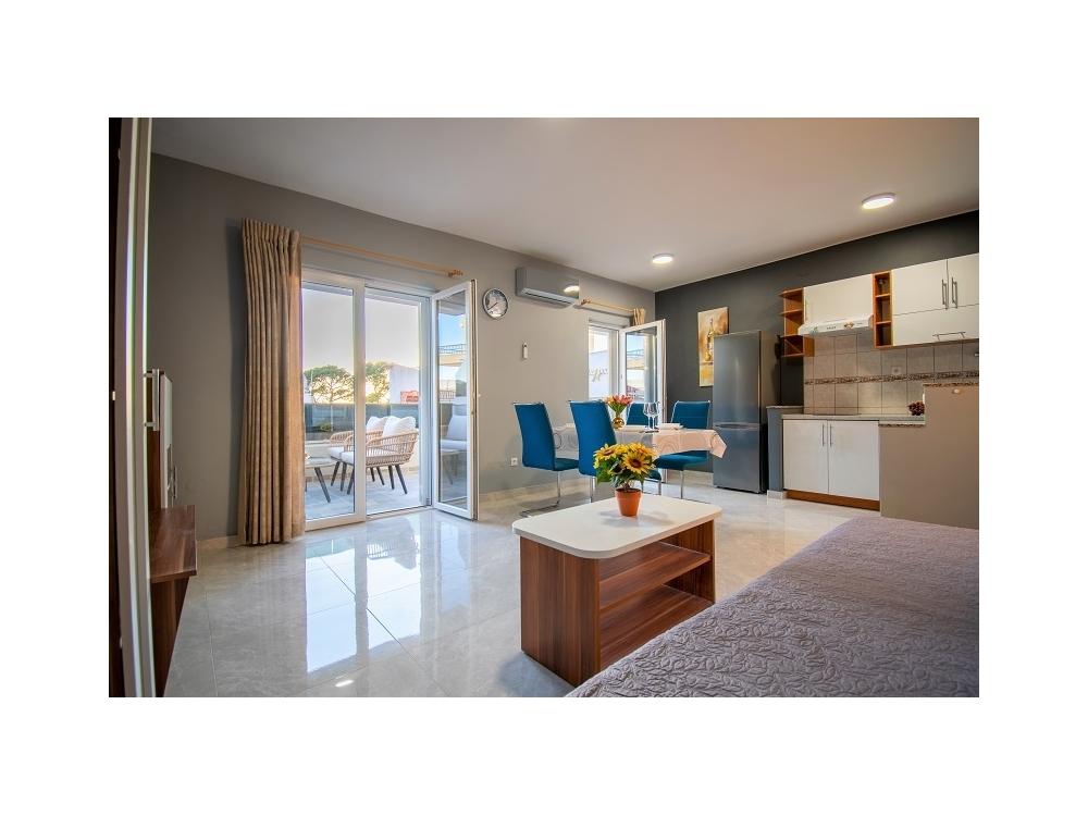 Appartements Hudovernik - Baška Voda Kroatien