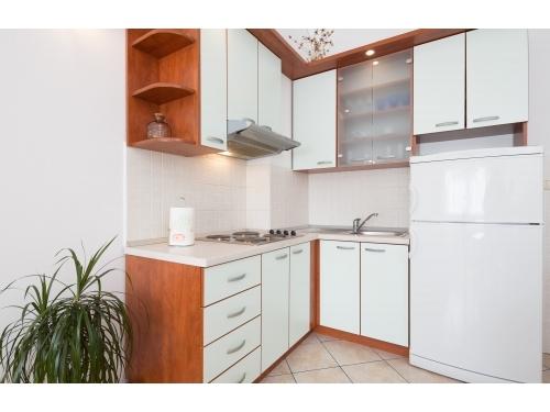 Marijan Apartmaji - Baška Voda Hrvaška