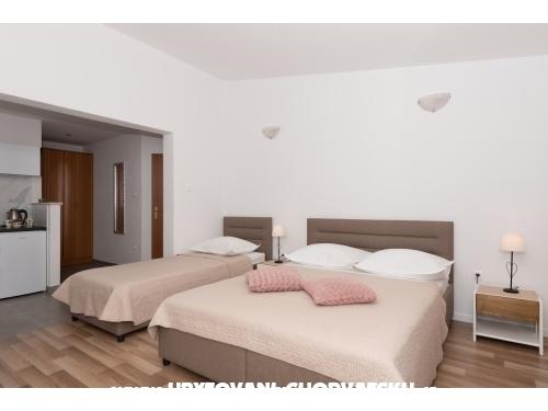 Villa  Nina  M - Baška Voda Chorvatsko