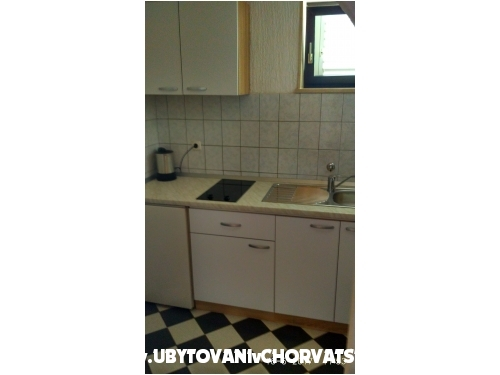 Villa DM - Ba�ka Voda Kroatien