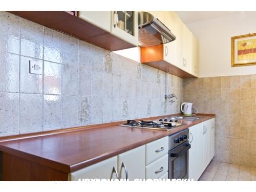 Apartmaji Ana - Betina Hrvaška