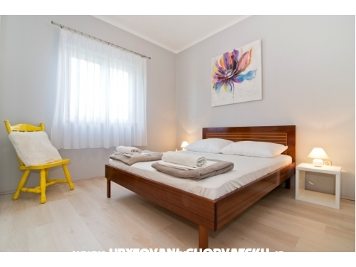 Apartments Ana - Betina Croatia