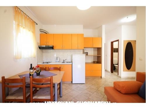 Apartmaji Lisica - Bibinje Hrva�ka