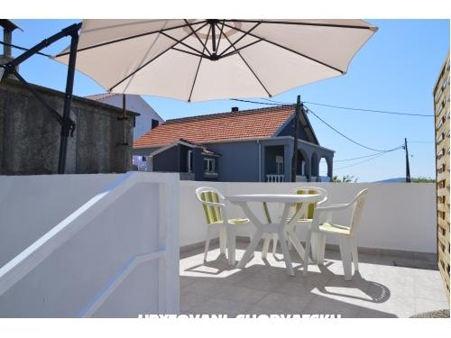 BIBINJE: Apartmán (4+2) i Studio - Bibinje Chorvatsko