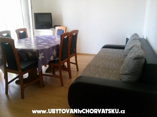 Apartmaji Lucija & Lara - Bibinje Hrvaška