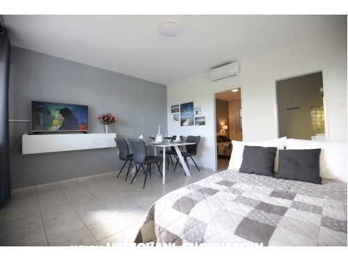 Apartmani Mediterano, with swimming - Bibinje Hrvatska