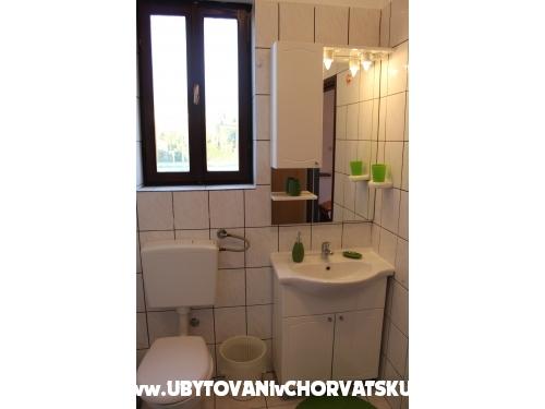Apartmán i Pokoj Tena - Biograd Chorvatsko