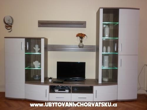 Apartm�ny Gojka Mio�evi� - Biograd Chorvatsko