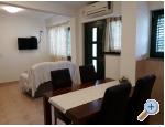 Appartements Jeličić - Biograd Kroatien