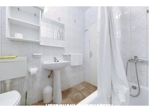 Apartmaji Lucija - Biograd Hrvaška