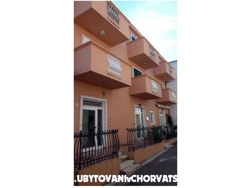 Apartments Pekić - Biograd Croatia