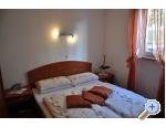 Appartements Petra - Biograd Kroatien