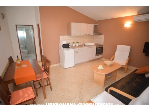 Apartments Salamun - Biograd Croatia