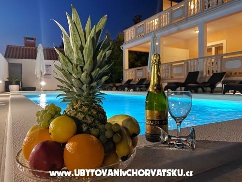 Apartmány Šarić - Biograd Chorvatsko