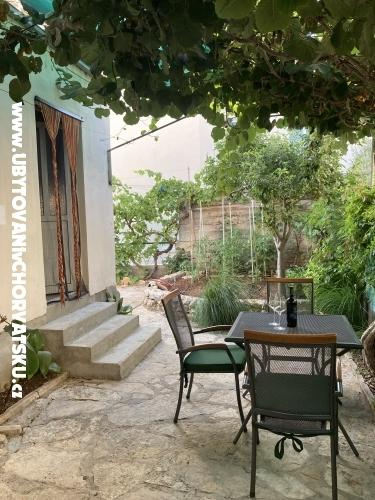Apartmaji Sunčana Dalmacija - Biograd Hrvaška