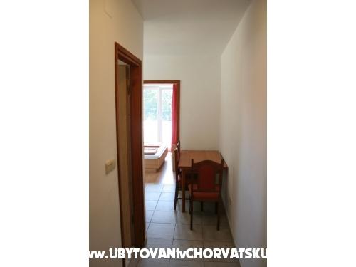 Appartements Vranela - Biograd Croatie