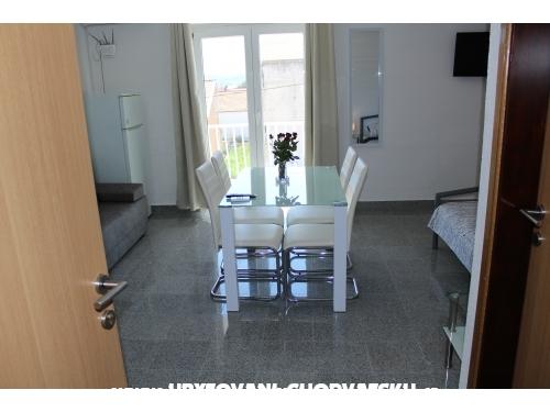 Appartements Slavica - Biograd Croatie