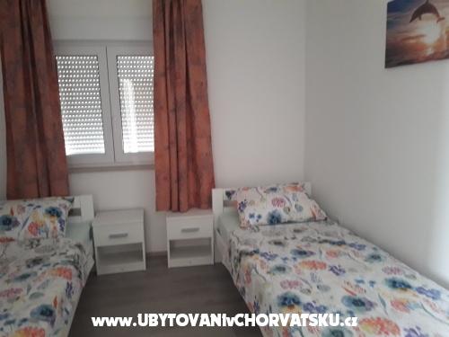 Sandralia 4+1 - Biograd Kroatien