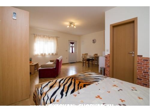 Studio apartmani Petra - Biograd Hrvatska