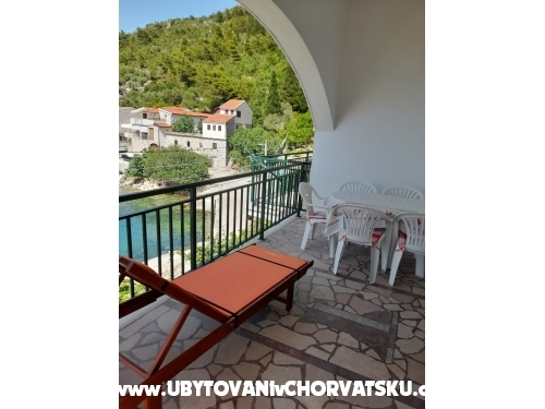 Appartements Vodanovic - Blace Croatie