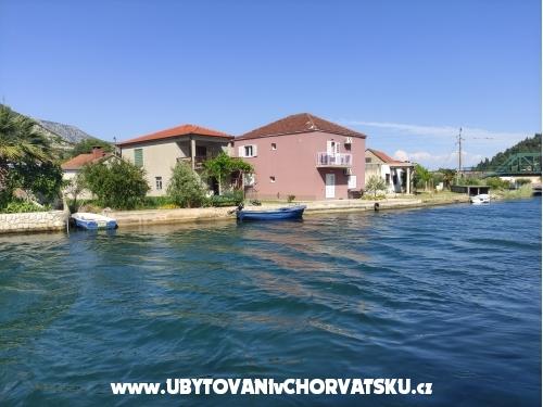 Serenity - Blace Chorvatsko