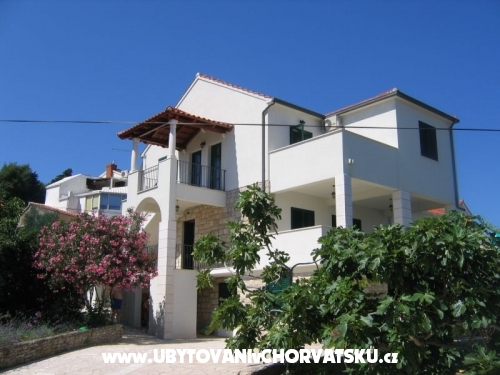 Apartments Karampija - Brač Croatia