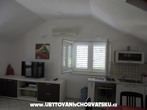 Apartments Nada - Brač Croatia