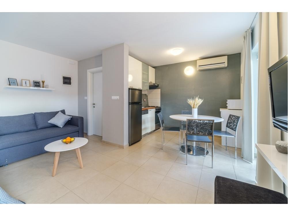 Apartamenty Tomy - Bra� Chorwacja