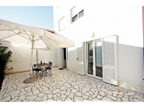 Apartments Tomy - Brač Croatia