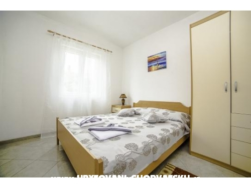 Apartments villa Iva - Bra� Croatia