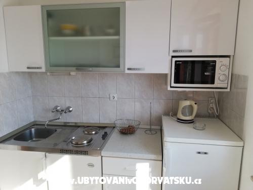 Appartementts JUJE - Brač Kroatië